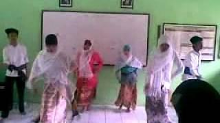Tari Tradisional SMK N 47 Jakartamp4