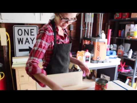 Retro DIY Shelves by Hosey's Workshop
