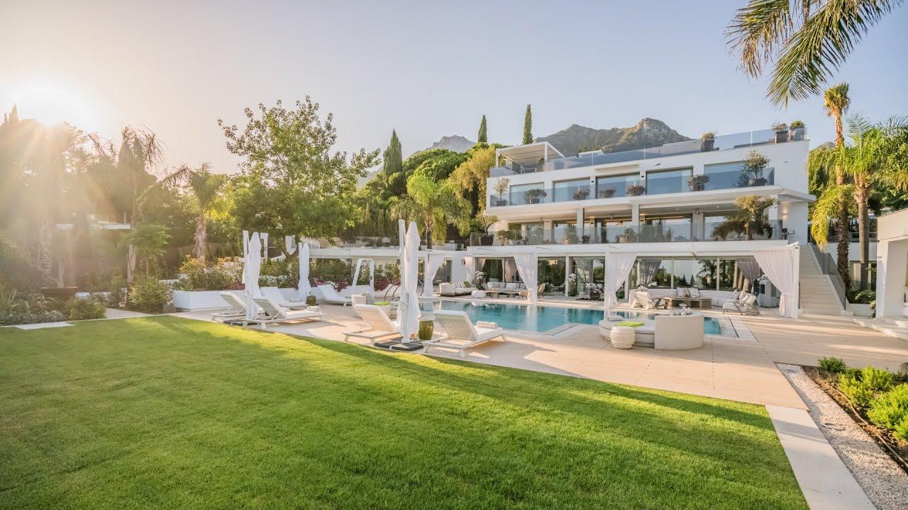 Villa  till salu i   Cascada de Camojan, Marbella Golden Mile