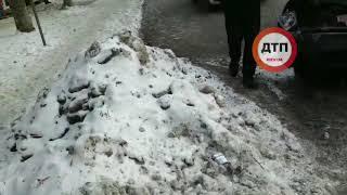 ДТП КИЕВ ДЕМЕЕВСКАЯ ТРИ АВТО 15.01.2019 видео с места