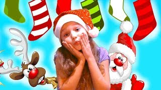 Deck the Halls - Christmas Song for Kids | Winter Fun in the Snow