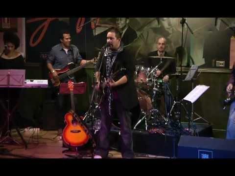 Robin Nodar y Queimada - Stayin' alive/fever night (Bee Gees)