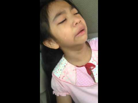 น้องพิ้งค์กี้ร้องไห้2558(6ขวบ)