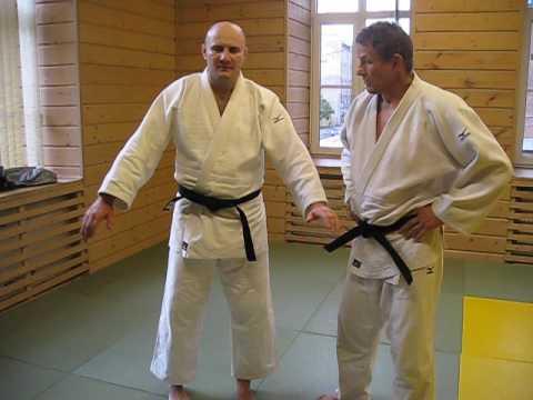 Критерии проверки кимоно на соревнованиях по дзюдо.