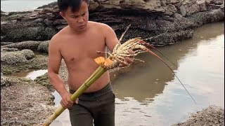 Primitive Technology with Survival Skills Catch Crab - Snake and Lobster Giant (looking for food)