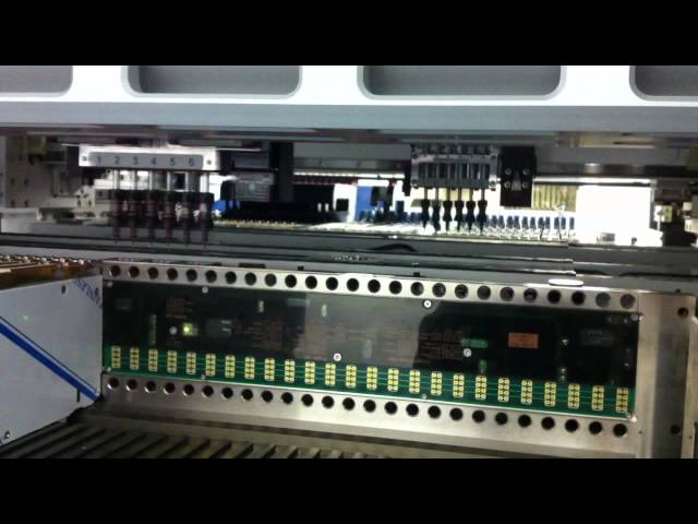 Mx400L in production on a 243 pc board using front and rear gantries simultaneously