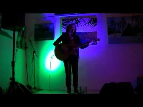 Parmore - Aint It Fun Cover