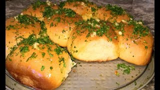 Пампушки к борщу за 20 минут. Пампушки с чесноком рецепт. Булочки как хлеб.