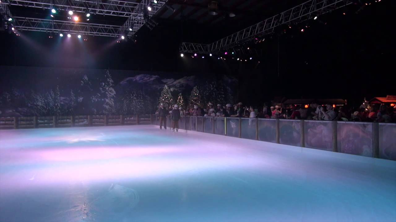 Frozen Summer Fun LIVE at Disney's Hollywood Studios - Ice Skating