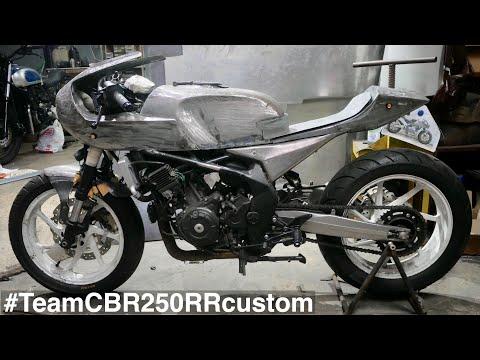 Membangun Honda CBR250RR Neo Cafe Racer