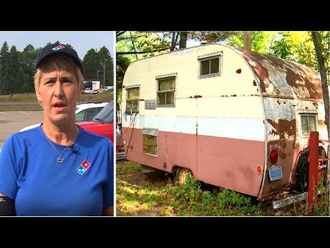 When A Pizza Delivery Driver Looks Into A Customer's Trailer She Knew She Needed To Act Fast
