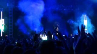 David Guetta & Chris Willis ft Fergie & LMFAO - Gettin' Over You (live) @ Coachella 2010