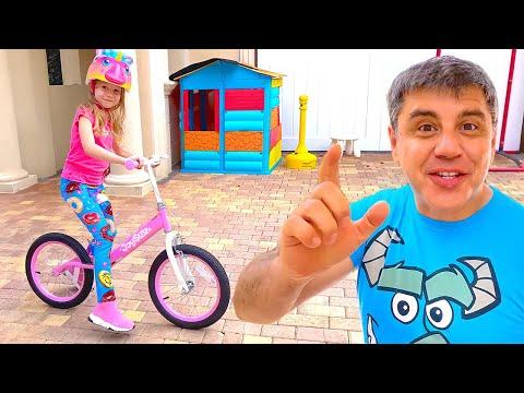 Nastya belajar naik sepeda