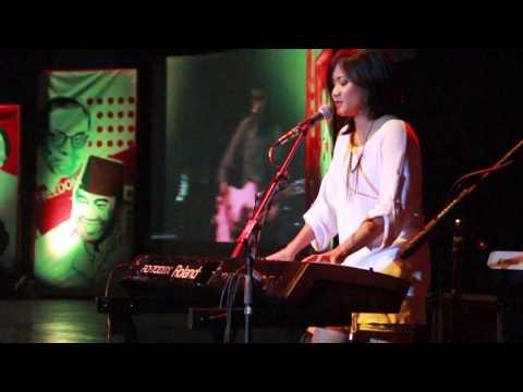 "Rush (Live 2014 ""FE UII MANIFEST MAHABARATA"")"