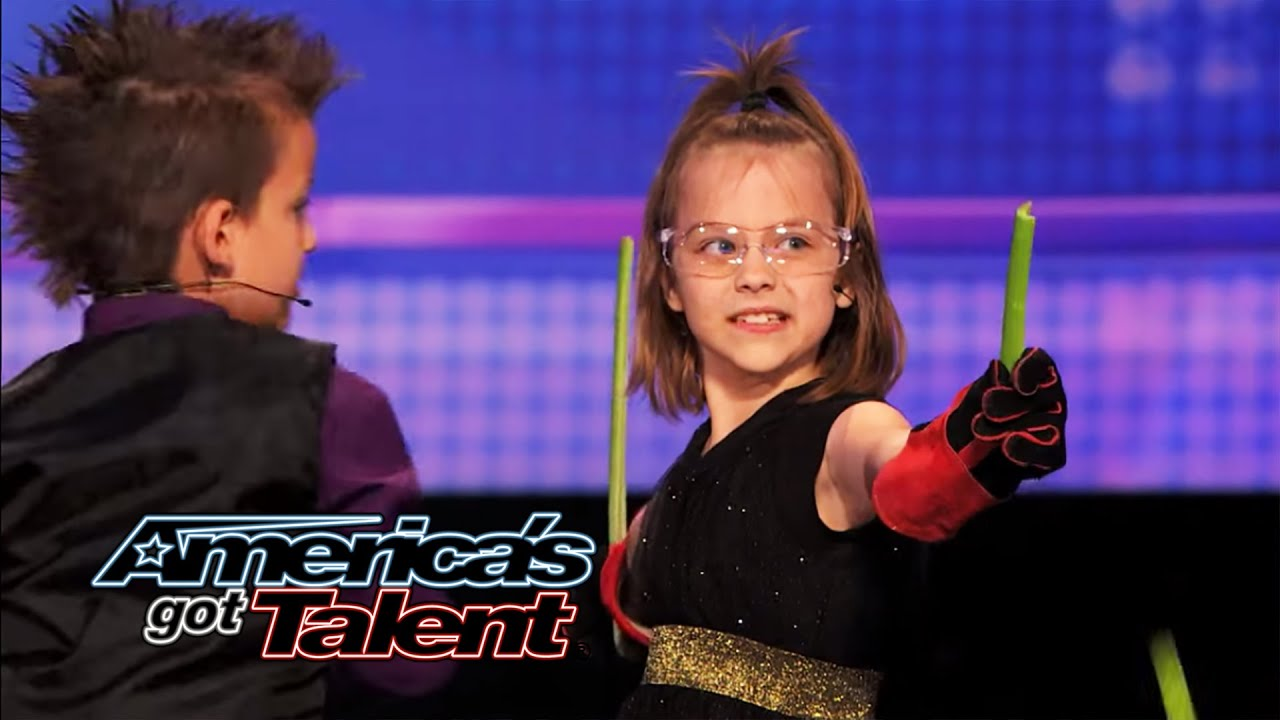 Dom the Bom's Triple Threat: 8-Year Old Triplets' Hot Card-Throwing Act - America's Got Talent 2014 thumbnail