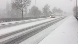 スイス発 雪のツーク市内【スイス情報.com】