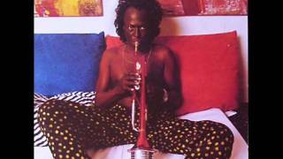 Miles Davis featuring Easy Mo Bee - Chocolate Chip