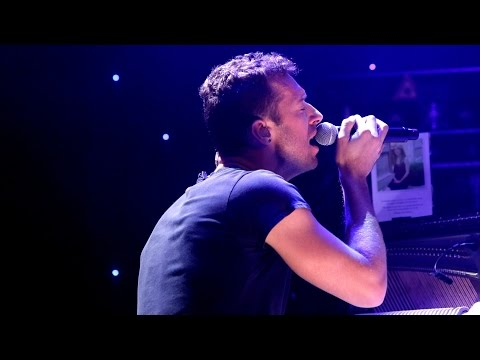 Coldplay - Christmas Lights (BBC Radio 2 In Concert)