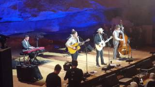 """Drew Holcomb """"Tennessee"""" Live at PBS Bluegrass Underground 3/25/17"""