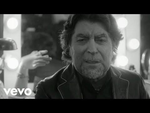 Joaquin Sabina - Lo Niego Todo (Official Video)