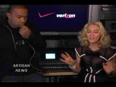 MADONNA DOUBLE TEAMED IN THE STUDIO FOR 4 MINUTES