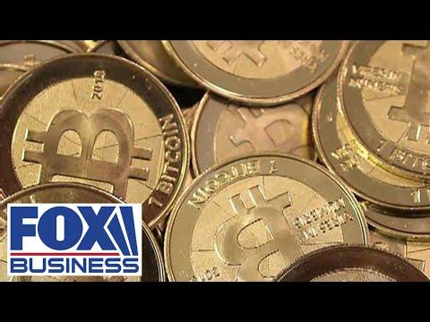 Prekyba alcoins prieš bitcoin
