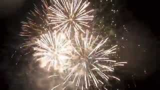 preview picture of video 'Carshalton Fireworks Finale 2014'