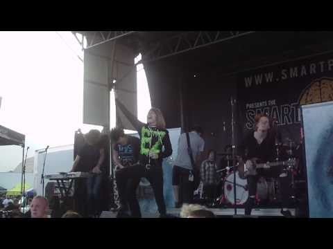 HD A Skylit Drive-Prelude to a Dream (Warped Tour 2009) Ventura,CA