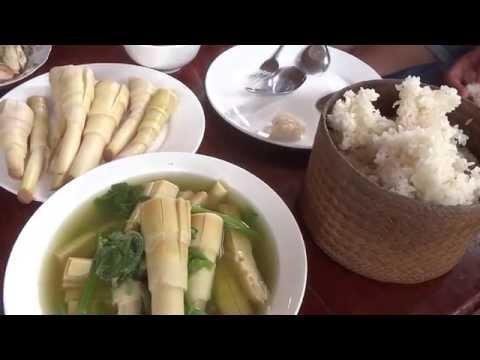 อาหารเที่ยงบ้านชาวลาวปากงึม Laos Local food