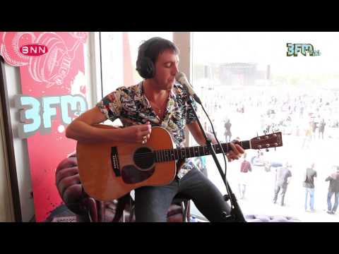 Miles Kane - Better Than That (live @ BNN Thats Live - 3FM)