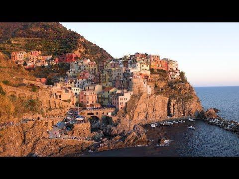 Encante-se com a beleza de Cinque Terre, na Itália