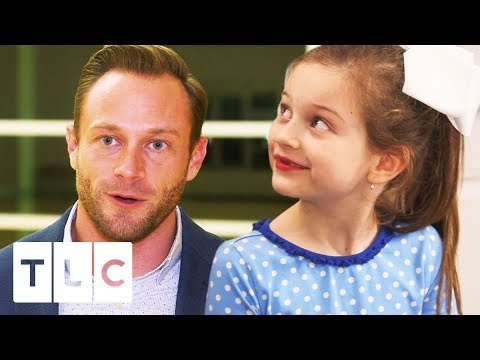 Uncle Dale Teaches Adam How to Line Dance | OutDaughtered