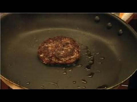 Hamburger Recipes : How to Make Juicy Hamburgers on the Stove Top