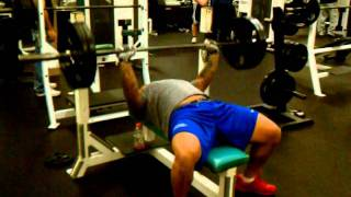 Fullback Jeff Logan Benches 225 For 41 REPS!!!!!!!!