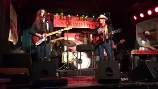Sam Outlaw and Molly Parden The boys of Summer (Don Henley)