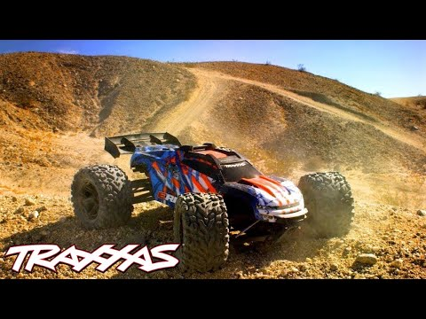 Ultimate Desert RC Battleground | Traxxas E-Revo