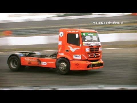A Racing Mercedes Axor