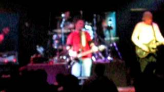 Arazi Live at the Hayloft (Close Your Eyes)