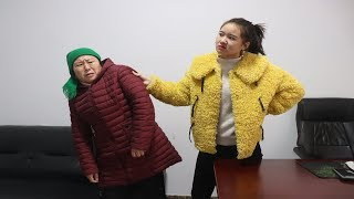 农村大妈去公司找儿子,被嚣张女经理赶出门,谁知大妈身份不简单【高哥导演】