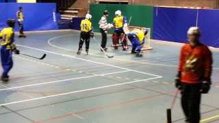 preview picture of video 'Roller Sports Lambersart - Match de Hockey (12/01/2014) 1/4'