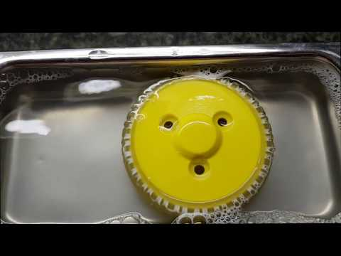 Reinigung von Kunststoff-Rollen im Ultraschall