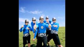 Playin it cool! - The Aquabats.