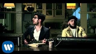 Chromeo 'Don't Turn The Lights On' OFFICIAL VIDEO