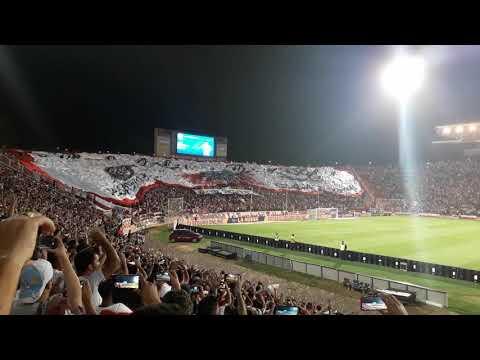 """""""Recibimiento de RIVER en mendoza"""" Barra: Los Borrachos del Tablón • Club: River Plate"""