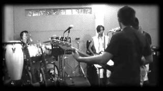 Jamming Sessions - [Strong All Along - 311]