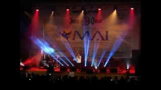 Lay Phyu - Nay Chi (Live at Singapore 11-11-2012)