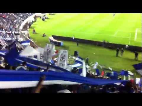 """""""Como me voy a olvidar"""" Barra: La Sangre Azul • Club: Cruz Azul"""