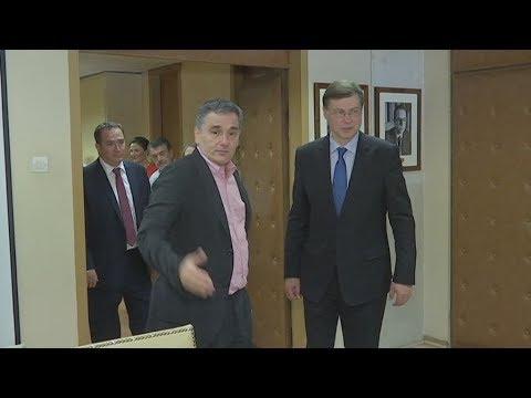 Συνάντηση Τσακαλώτου-Ντομπρόβσκις