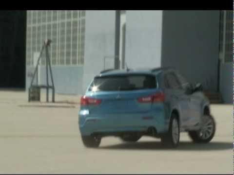 Mitsubishi Outlander online test drive video
