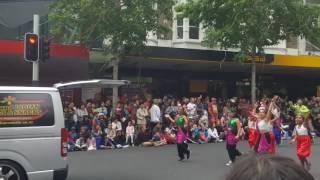 Farmers Santa Parade 2016, Auckland, Nz- Salman Khan Dabaang Show 2017 promotion- 2